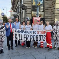 Am Freitag, den 10.09.2021 waren wir im Herzen Wiens um ein Zeichen gegen Killer Roboter zu setzen!
